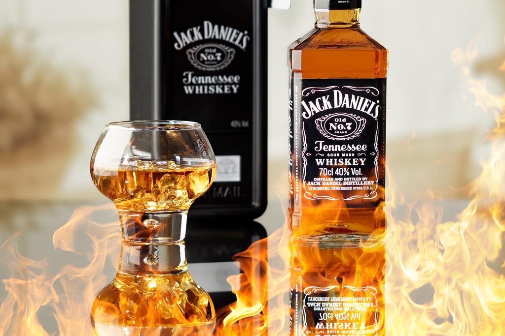 photo packshot bouteille whiskey